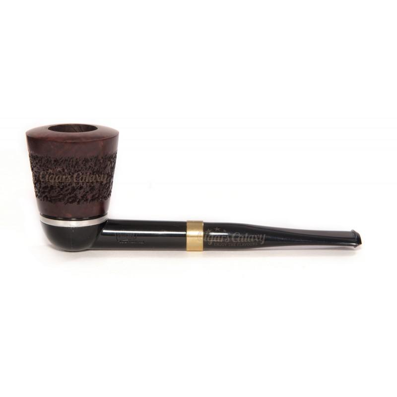 Η Πίπα Καπνού SAVINELLI GREZZA MODEL 642 9mm Κυρτή έχει ακατέργαστο χρώμα ξύλου με λείανση και διαθέτει κυρτό σχήμα με κανονικό μέγεθος.
